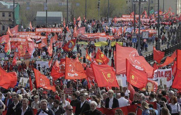 Ξεπέρασαν το ένα εκατομμύριο οι Ρώσοι διαδηλωτές στη Μόσχα για την Πρωτομαγιά