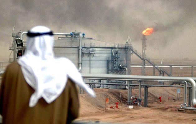 Η ένταση με το Κατάρ ανεβάζει την τιμή του πετρελαίου