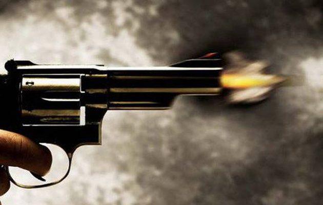 «Μακελειό» στη Βάρη: Διπλή εν ψυχρώ εκτέλεση μέσα σε ταβέρνα στα Βλάχικα – Στο κόκκινο η εγκληματικότητα