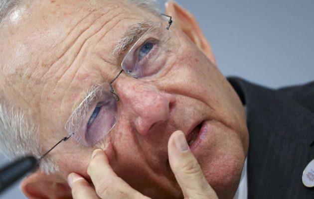 Δήλωση ΣΟΚ ανθρώπου του Σόιμπλε στο Der Spiegel: Με την απόφαση για την Ελλάδα το 2015 χάσαμε τον πόλεμο!