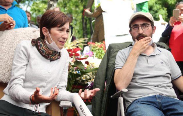 Ευρωβουλευτές απαιτούν από τον Ερντογάν την αποφυλάκιση των εκπαιδευτικών-απεργών πείνας