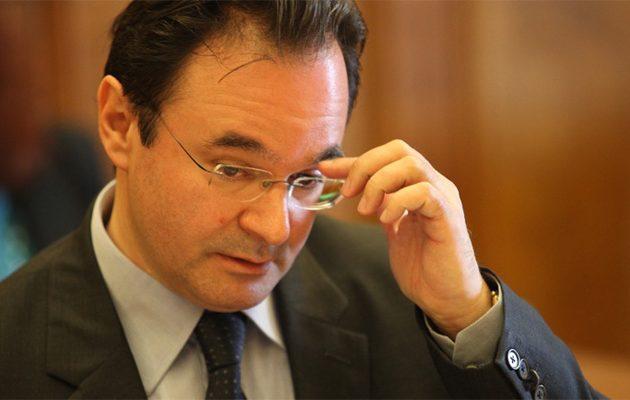 Παπακωνσταντίνου: Κάποιοι έκαναν πολιτικές καριέρες  γύρω από τη λίστα Λαγκάρντ