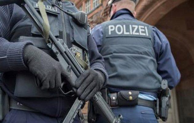 Ένοπλος εισέβαλε σε σχολείο στη Στουτγκάρδη – Αναζητείται από την αστυνομία