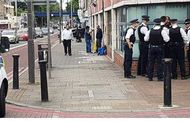 Πανικός σε εκλογικό κέντρο στο Λονδίνο: «Σκοτώστε όλους τους Εβραίους»