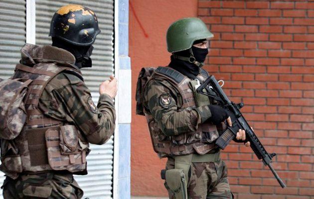 Η Τουρκία προχωρά στη συγκρότηση παραστρατιωτικού ισλαμιστικού στρατού