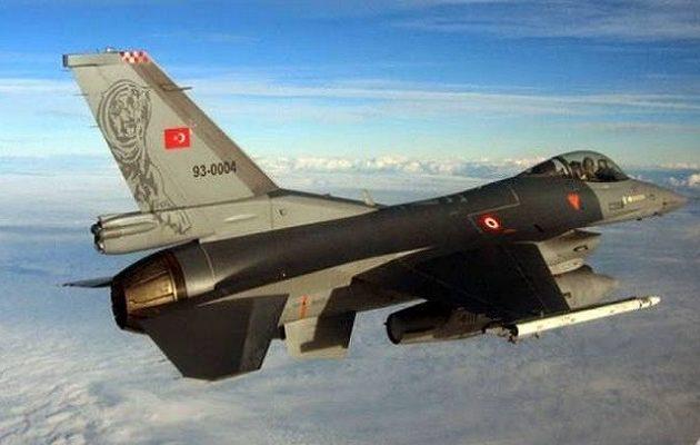 34 παραβιάσεις των Τούρκων πάνω από το Αιγαίο την Τρίτη