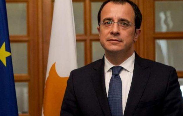 Στις Βρυξέλλες ο Χριστοδουλίδης ενημερώνει τους ΥΠΕΞ της ΕΕ για την τουρκική εισβολή στην ΑΟΖ