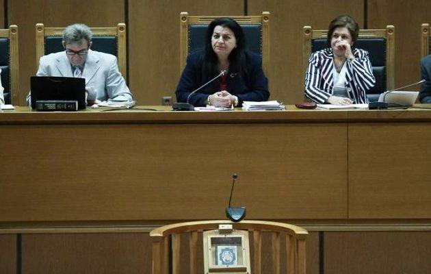 Δίκη Χρυσής Αυγής: Η εισαγγελέας ζητεί αναστολή ποινής σχεδόν για όλους πλην Ρουπακιά