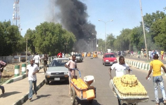 Bομβίστρια αυτοκτονίας ανατινάχτηκε σε μουσουλμανικό τέμενος στη Νιγηρία – Δέκα νεκροί