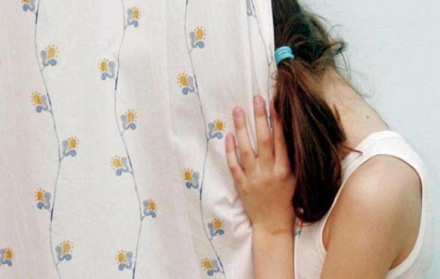 Πα-τέρας στην Κάλυμνο: Εξέδιδε την 14χρονη του κόρη για 5 ευρώ