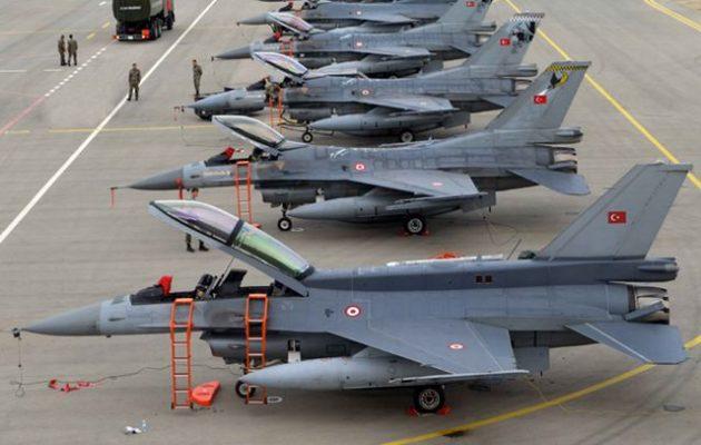 «Η Τουρκία δεν μπορεί να στείλει F-16 στη Λιβύη γιατί δεν έχει πιλότους»