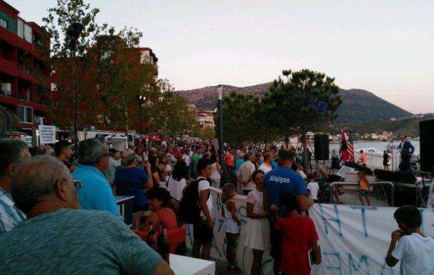Μεγάλη διαδήλωση των Ελλήνων στη Χειμάρρα ενάντια στο καθεστώς Ράμα και τους μαφιόζους του