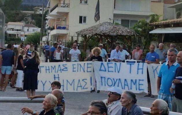 Στην Αλβανία παίζουν με τη φωτιά όταν «παίζουν» με τη Χειμάρρα