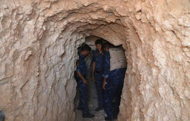 Οι τζιχαντιστές είχαν θάψει τροχόσπιτα στη Μοσούλη και τα χρησιμοποιούσαν ως υπόγειες αποθήκες