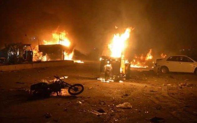 Δεκάδες νεκροί και τραυματίες από βομβιστική επίθεση του Ισλαμικού Κράτους στο Πακιστάν