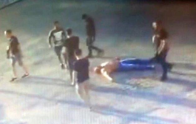 Φρικτό θάνατο αρσιβαρίστα από ξυλοδαρμό κατέγραψε κάμερα στη Ρωσία (βίντεο)