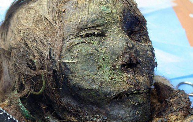 """Ανακαλύφθηκε μούμια γυναίκας σε άριστη κατάσταση – Την """"βάφτισαν"""" «Πριγκίπισσα των Πάγων» (βίντεο)"""