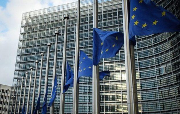 «Παράθυρο» για μη περικοπή συντάξεων αφήνουν οι Βρυξέλλες – «Εντός στόχων η Ελλάδα»