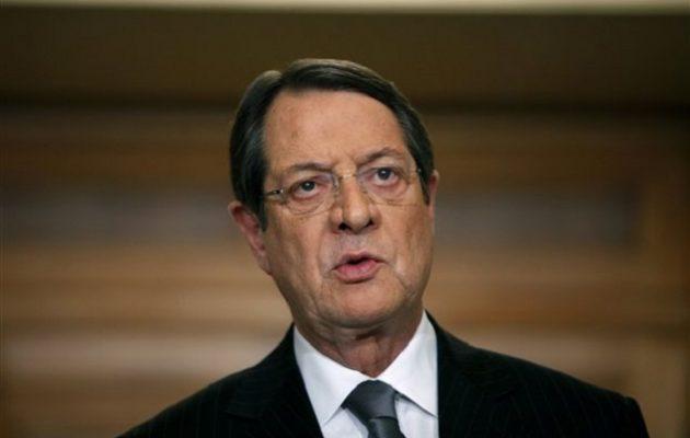 Προηγείται ο Αναστασιάδης στις δημοσκοπήσεις για τις προεδρικές εκλογές στην Κύπρο
