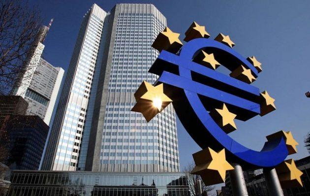 Αλλαγή πλεύσης στα «κόκκινα» δάνεια ζητούν οι ευρωβουλευτές από την ΕΚΤ