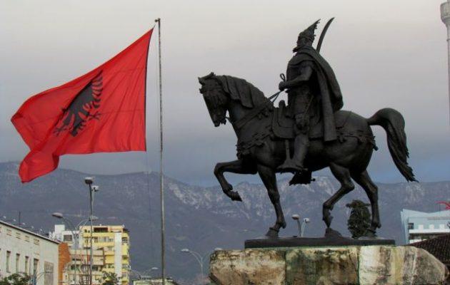 Ο Γεώργιος Καστριώτης είχε πατέρα Έλληνα και μητέρα Σέρβα – Οι Αλβανοί όμως τον θέλουν «Αλβανό»