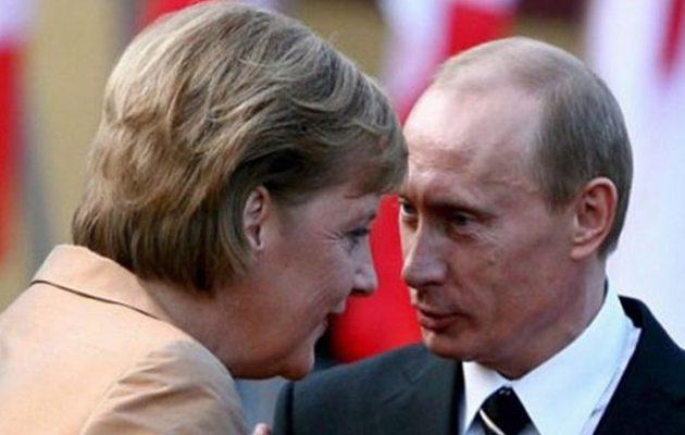 H Μέρκελ ζήτησε από τον Πούτιν αποκλιμάκωση στα σύνορα με την Ουκρανία