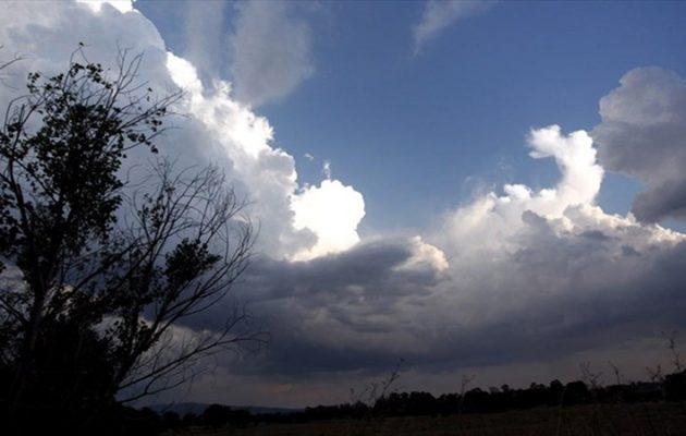 Καιρός: Βροχές στα βόρεια και σκόνη στα νότια περιμένει η ΕΜΥ