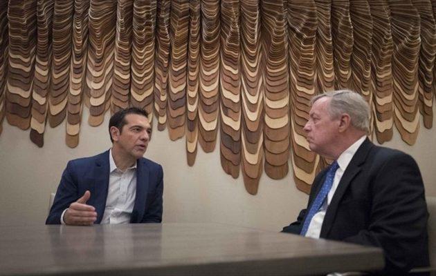 Τι συζήτησαν Τσίπρας και γερουσιαστής Ντέρμπιν για την «αμερικανική βοήθεια» στην Ελλάδα