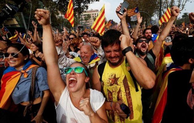 Ανεξάρτητη η Καταλονία – Η Ισπανία απάντησε με άρση της αυτονομίας της