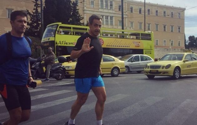 Ελλάδα η ασφαλέστερη χώρα του κόσμου – Ο Σαρκοζί κάνει τζόκινγκ στο Σύνταγμα
