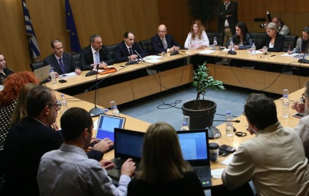 Βόμβα Σπίρτζη: Η ΝΔ στηρίζει εταιρία με offshore και έδρα στο Λονδίνο, όχι στην Ελλάδα