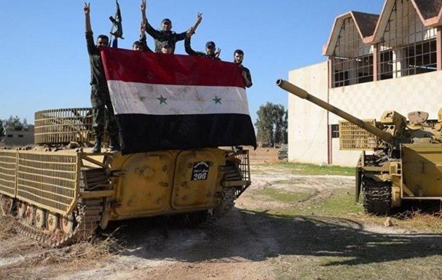 Ο συριακός στρατός σχηματίζει νέες ταξιαρχίες με τα όπλα που πήρε λάφυρα από το Ισλαμικό Κράτος