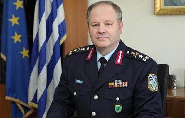 Αρχηγός ΕΛ.ΑΣ. για επίθεση κουκουλοφόρων: «Προσπάθεια αποπροσανατολισμού»
