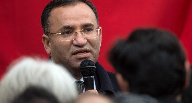 Νέα τουρκική πρόκληση: Θέλουν να επιβάλουν ψευτομουφτήδες στη Θράκη