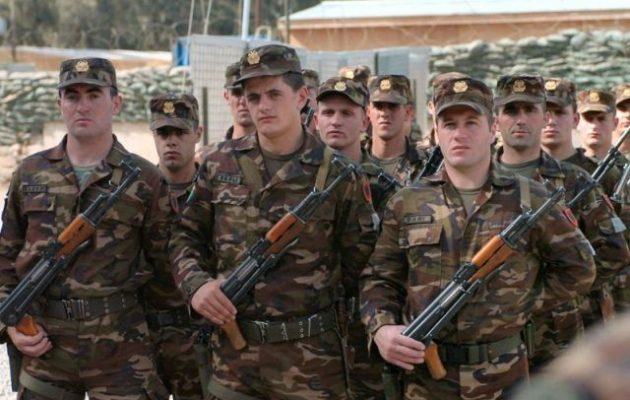 Διαλύεται ο ανύπαρκτος αλβανικός στρατός – Από τους 6.000 οι 2.660 θέλουν να παραιτηθούν