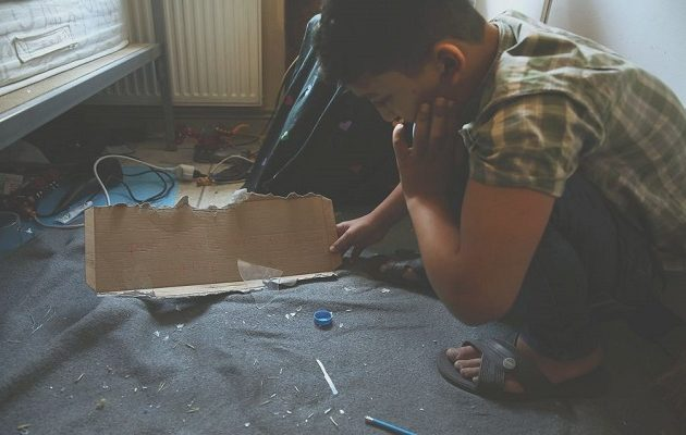 O Τσίπρας μίλησε με τον Αμίρ: Κάθε παιδί απολαμβάνει το δικαίωμα στην παιδεία