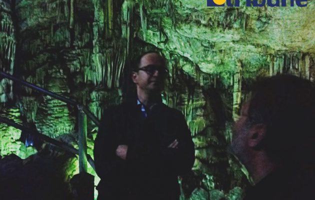 Ο Λεφαντζής της Αμφίπολης έδειξε στον Μπουσάτι το Ιερό Σπήλαιο όπου γεννήθηκε ο Δίας (φωτο)