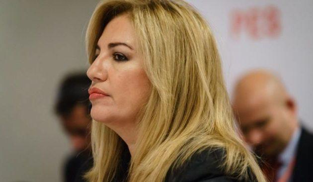 Έξαλλη η Φώφη Γεννηματά με τον Ανδρουλάκη: «Δεν μπαίνω σε μικρότητες και χτυπήματα κάτω από τη μέση»