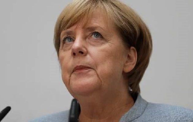 Η Μέρκελ είπε ότι πρέπει να σταματήσει το δουλεμπόριο μεταναστών στην Αφρική