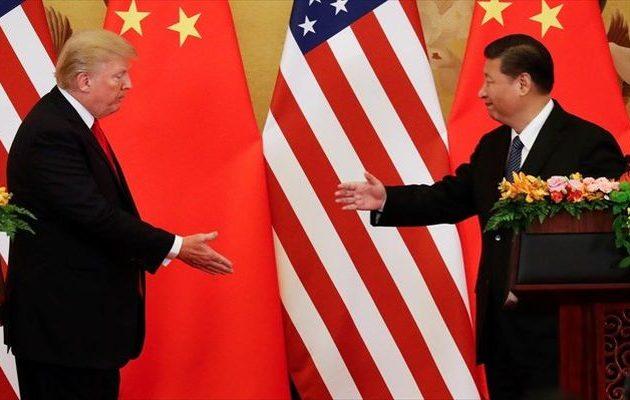 Ο Τραμπ πάτησε το… κουμπί του εμπορικού πολέμου με την Κίνα