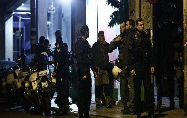 Ποια οργάνωση «βλέπει» η αστυνομία πίσω από το χτύπημα στο ΠΑΣΟΚ