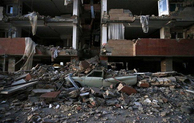 530 οι νεκροί από το σεισμό στο Ιράν -Τερματίστηκαν οι επιχειρήσεις διάσωσης