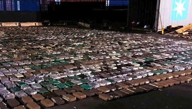 Φορτίο-ρεκόρ 12 τόνων(!) κοκαΐνης έθαψε στη γη η κολομβιανή μαφία