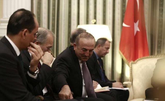 Θα τα καταφέρει ο Ερντογάν να γλιτώσει τον «τιτανικό» στην