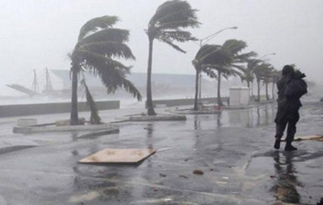 Έρχεται σφοδρή κακοκαιρία: Βροχές, καταιγίδες και θυελλώδεις άνεμοι στα πελάγη
