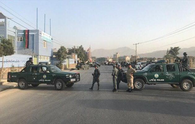 Αφγανιστάν: Βομβιστής αυτοκτονίας ανατίναξε πολιτική συγκέντρωση του προέδρου Γκάνι