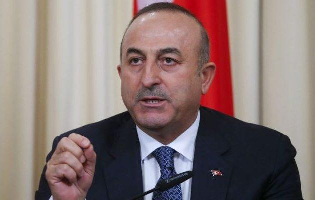 Μεβλούτ Τσαβούσογλου: Ο Μακρόν δεν μπορεί να χαλάσει τις σχέσεις της Τουρκίας με τη Ρωσία