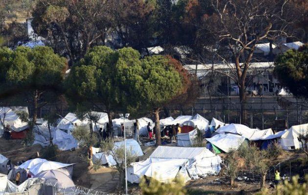 Ύποπτες αντιδράσεις Γαληνού – Γιατί δεν ήθελε οικίσκους για τους πρόσφυγες;