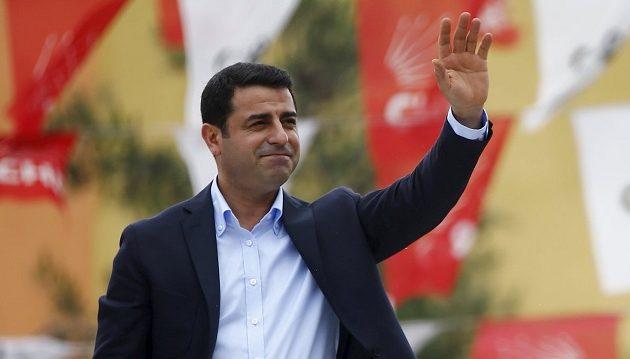 Στη φυλακή έως τον Φεβρουάριο ο Κούρδος ηγέτης Σελαχατίν Ντεμιρτάς