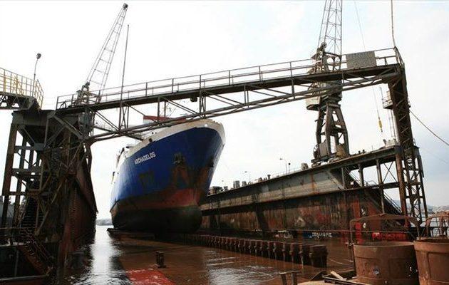 «Πράσινο φως» για τη δεξαμενή για τα πλοία-μαμούθ των 80.000 τόνων στην Ελλάδα